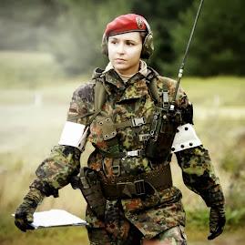 Quân Tư Trang