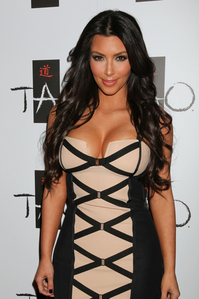 Kim Kardashian 2011 - Celebrity Pictures