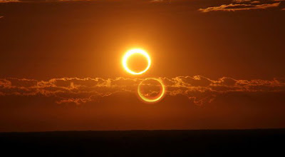 "Foto Gerhana Matahari ""Cincin Api"""