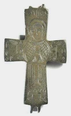 Οι χάλκινοι βυζαντινοί σταυροί-λειψανοθήκες της συλλογής Τσολοζίδη http://leipsanothiki.blogspot.be/