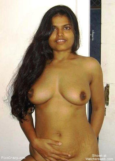 Aunty nude in peperonity