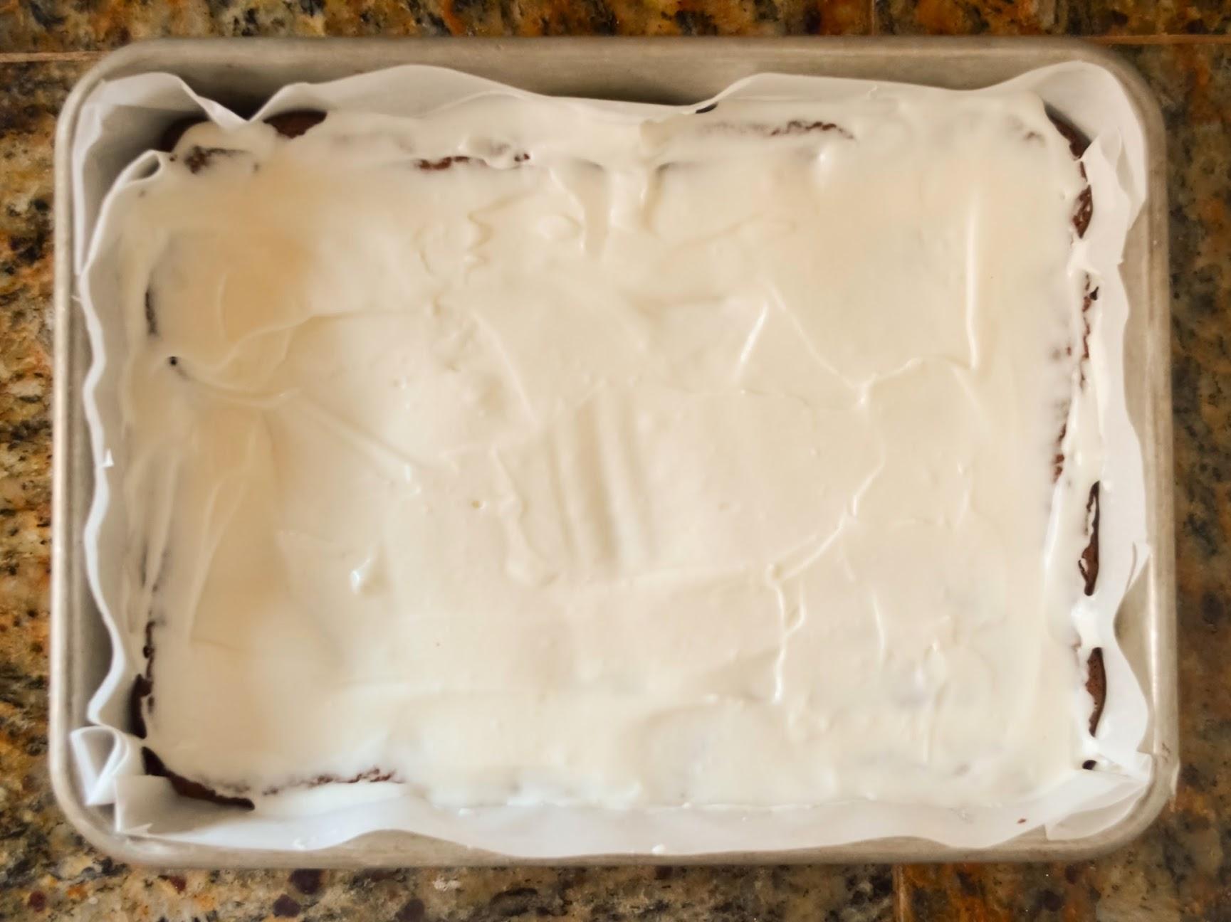 Creme-De-Menthe-Fudge-Brownies-Spread-Creme-De-Menthe-Over-Brownies.jpg