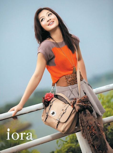 Model Wutt Hmone Shwe Yi In Iora Outfits   Myanmar Model Girl and ...