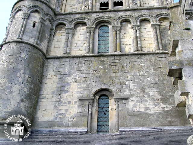 QUILLEBEUF-SUR-SEINE (27) - Eglise Notre-Dame-de-Bon-Port (Extérieur)