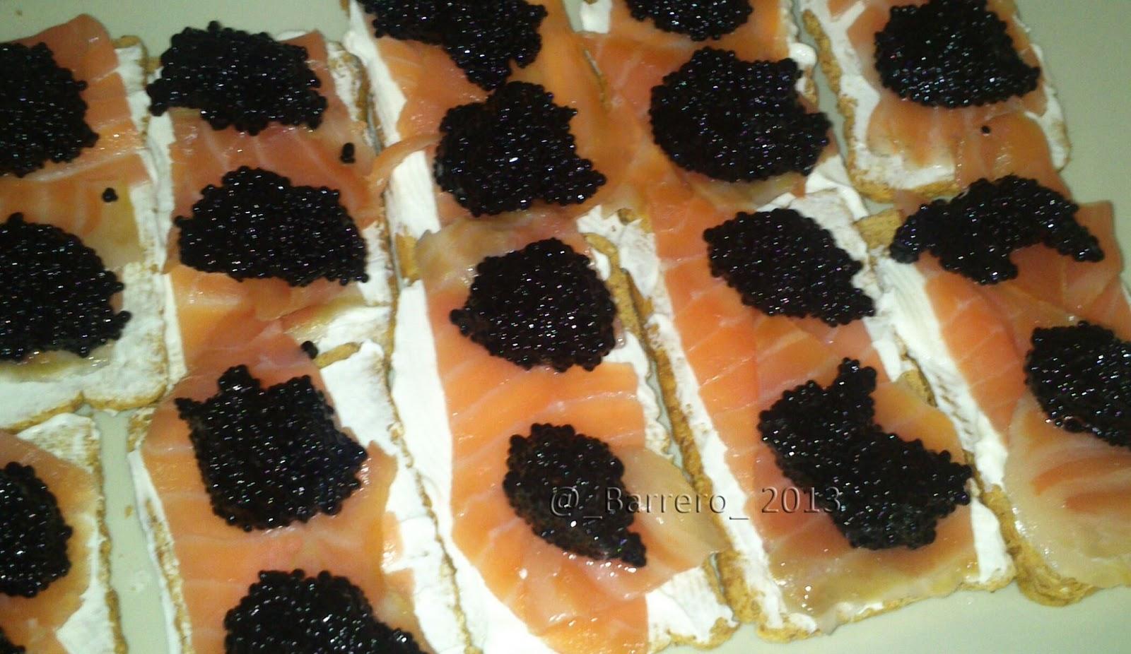 Icocina y punto canap de salm n y suced neo de caviar al for Canape de caviar