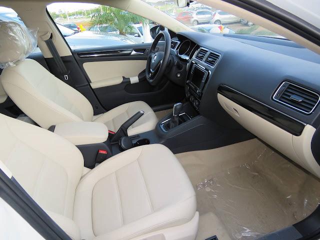 VW Jetta 2016 Comfortline TSI Automático