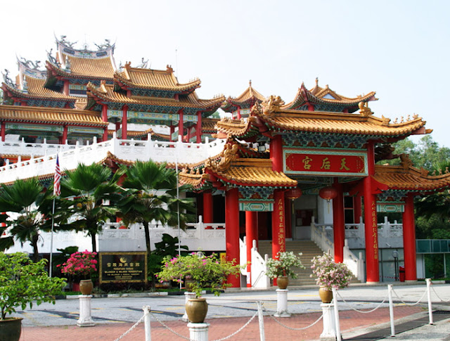 http://www.myceb.com.my/content/central-market-thean-hou-temple-identified-alternative-shell-sites-0