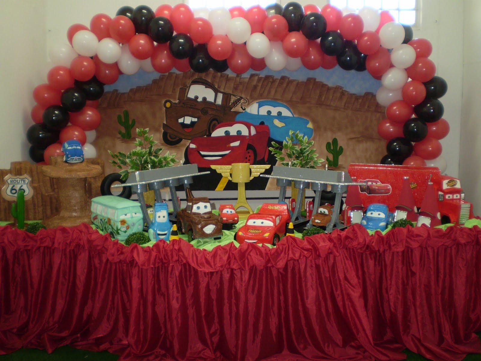 decoração de festa infantil com mcqueen dos filmes  HD Wallpapers