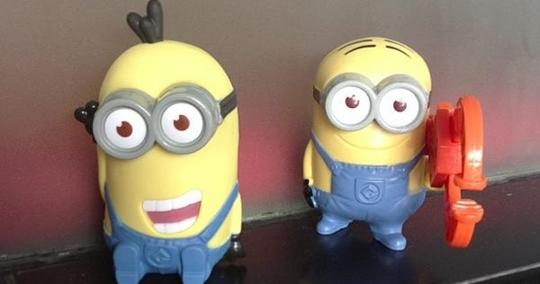 Patung minion mcdonalds sweepstakes