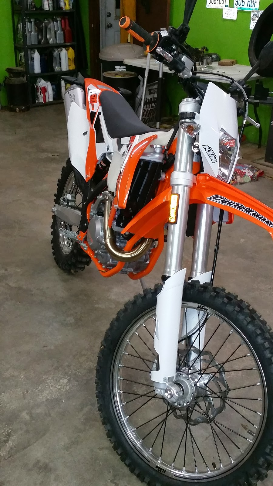 KTM 500 EXC 2015 Valve Check. This was a very simple Procedure. Although I  do not have a service manual, the video link below and previous experience  made ...