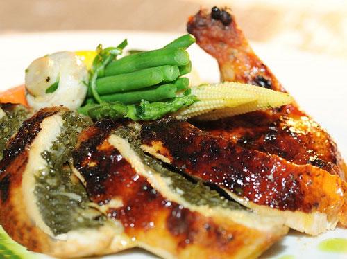 chicken طريقة عمل الدجاج المحشي بالسبانخ من شيف فندق الموفنبيك
