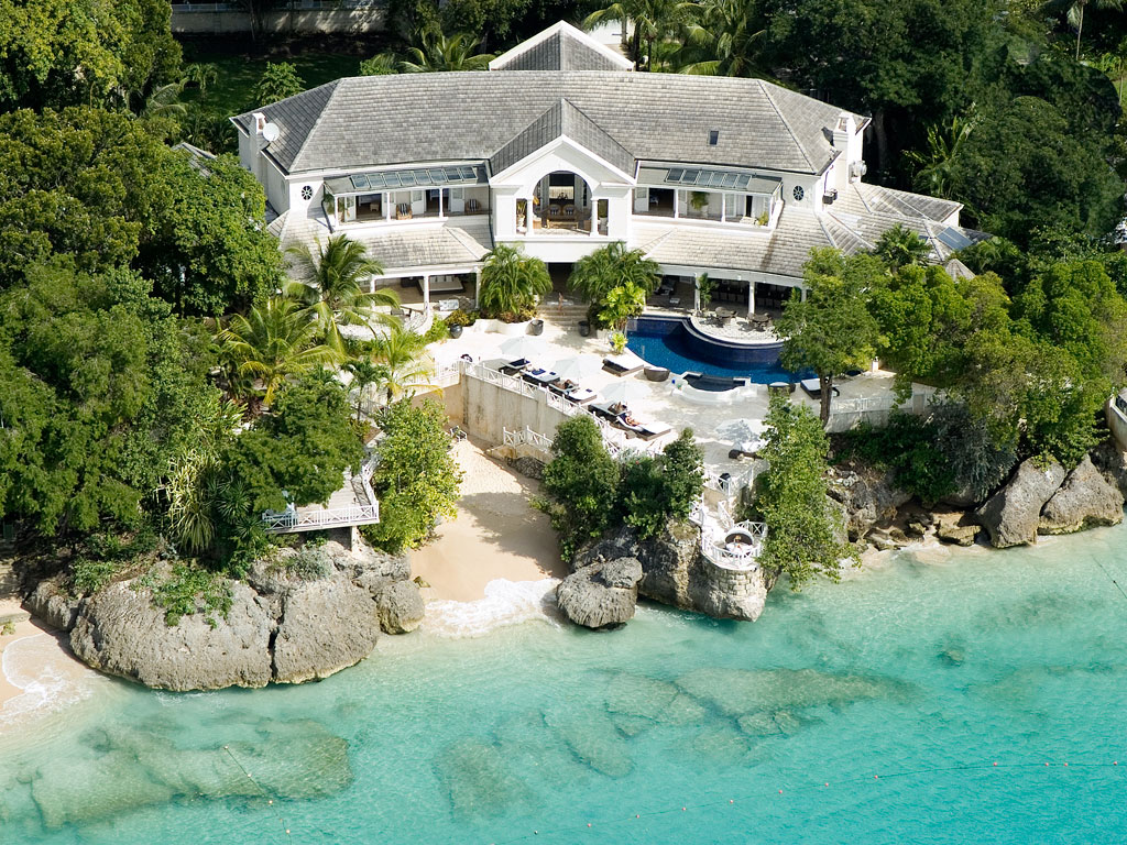 Luxury houses villas and hotels cove spring house on for The cove house