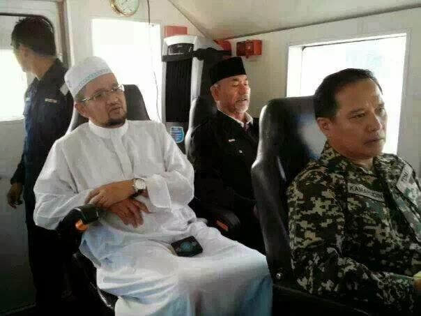 MH370: Solat hajat dan bacaan al-Quran di Pulau Perhentian