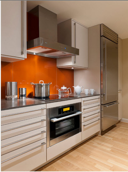 Dise o de cocina peque a con ideas y fotos construye hogar for Cocinas lineales de cuatro metros