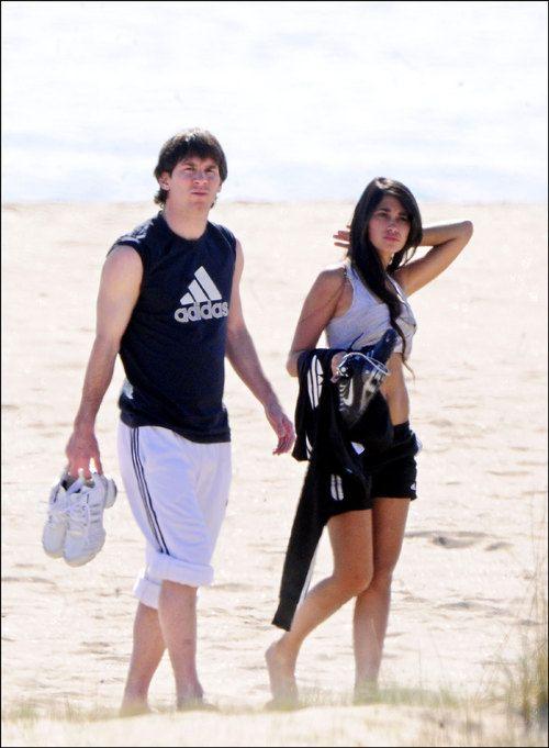 Lionel Messi And Antonella Roccuzzo 2012 WAGs: Lionel Messi and...