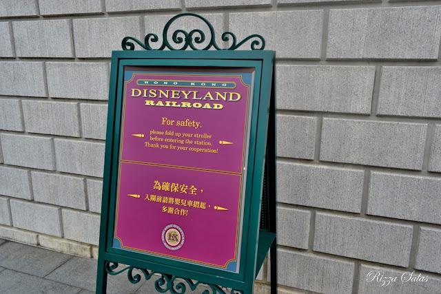 Railroad Hong Kong Disneyland (c) Rizza Salas