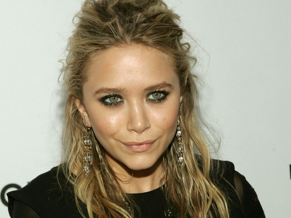 , Producer, Author And Fashion Designer Mary Kate Olsen Wallpapers