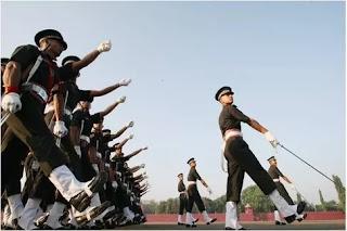 फौज में मौज - Life in Army by Shayari