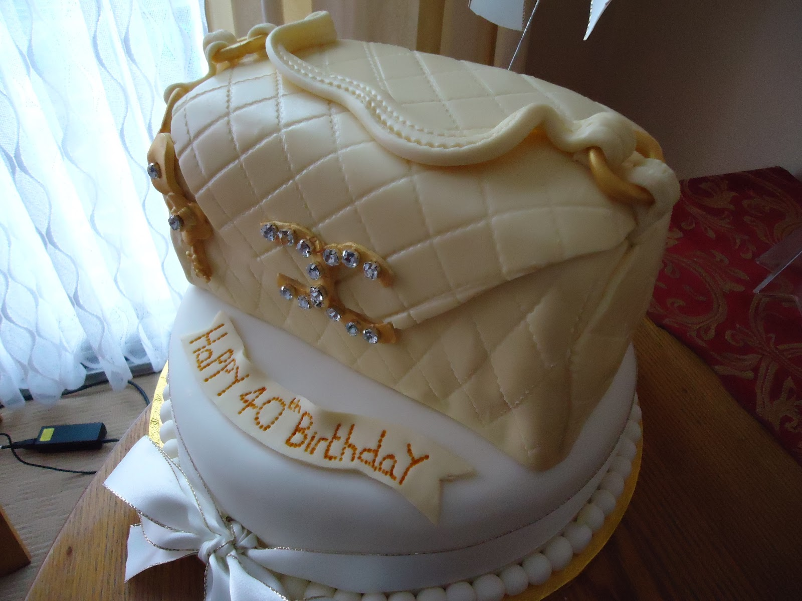 Edible Cake Images Gosford : Fashionably Edible Coco Channel Cake Debs Dainty Cakes