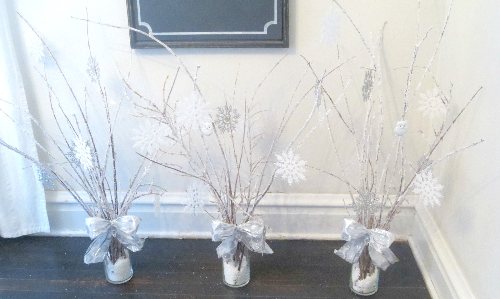 Beyond the portico winter wonderland centerpieces with diy icy winter wonderland centerpieces with diy icy branches solutioingenieria