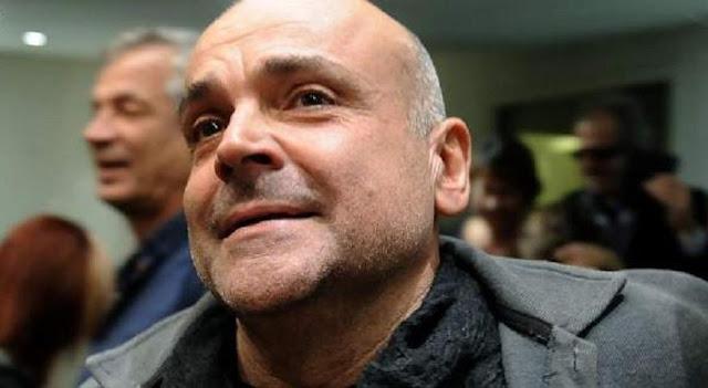 Ψυχικά διαταραγμένος ο υπάλληλος που μαχαίρωσε τον δήμαρχο Ελευσίνας και μετά πήγε για καφέ !!!