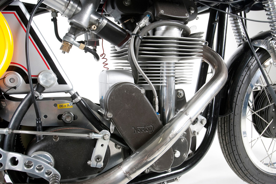 eddie Sanders Racing also Daihatsu Sirion 2010 as well Jdmindc5tyrr5 additionally 1975 as well Yamaha Xv920 Cafe Racer By Moto Von. on honda engine parts