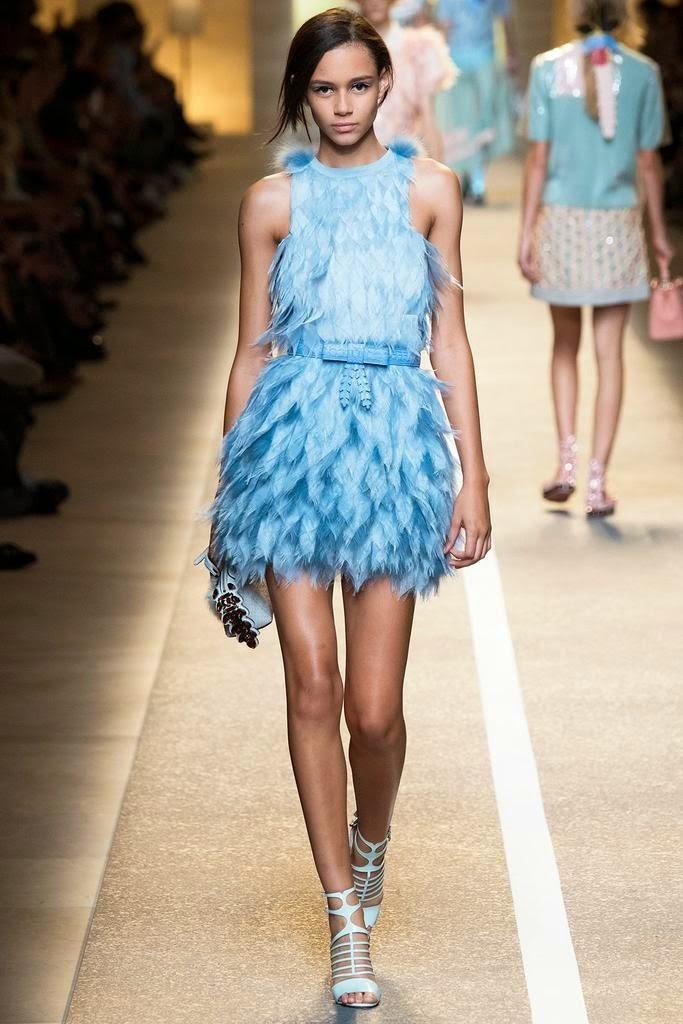 Tendências moda primavera-verão 2015 plumas e penas