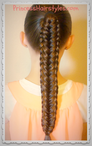 Braid tutorial: Twisted edge fishtail braid
