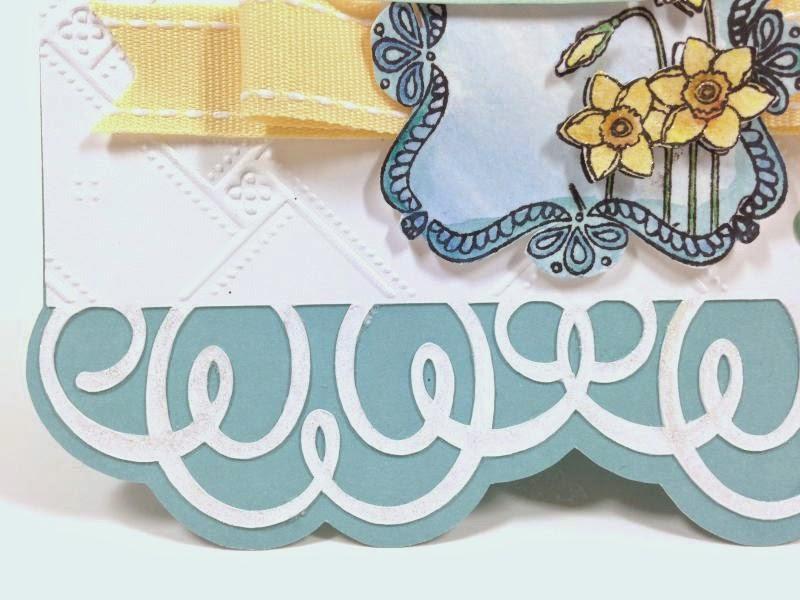 Cricut Happy Daffodil card closeup