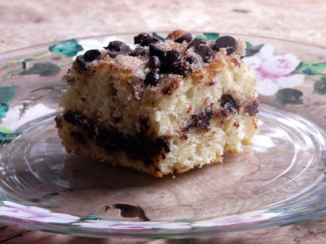Thibeault's Table: Cinnamon-Chocolate Chip Sour Cream Coffee Cake