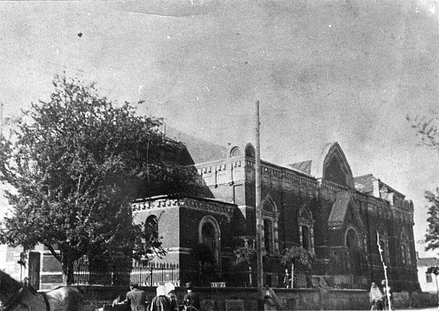 Końskie, cerkiew Ikony Matki Bożej Znamienie, fotografia prawdopodobnie z okresu międzywojennego. Fotografię udostępnił Ryszard Cichoński.