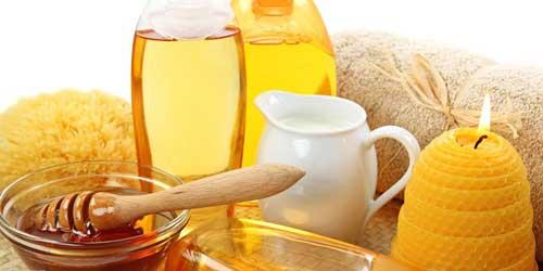 mascarilla casera para cabello dañado hecha de miel