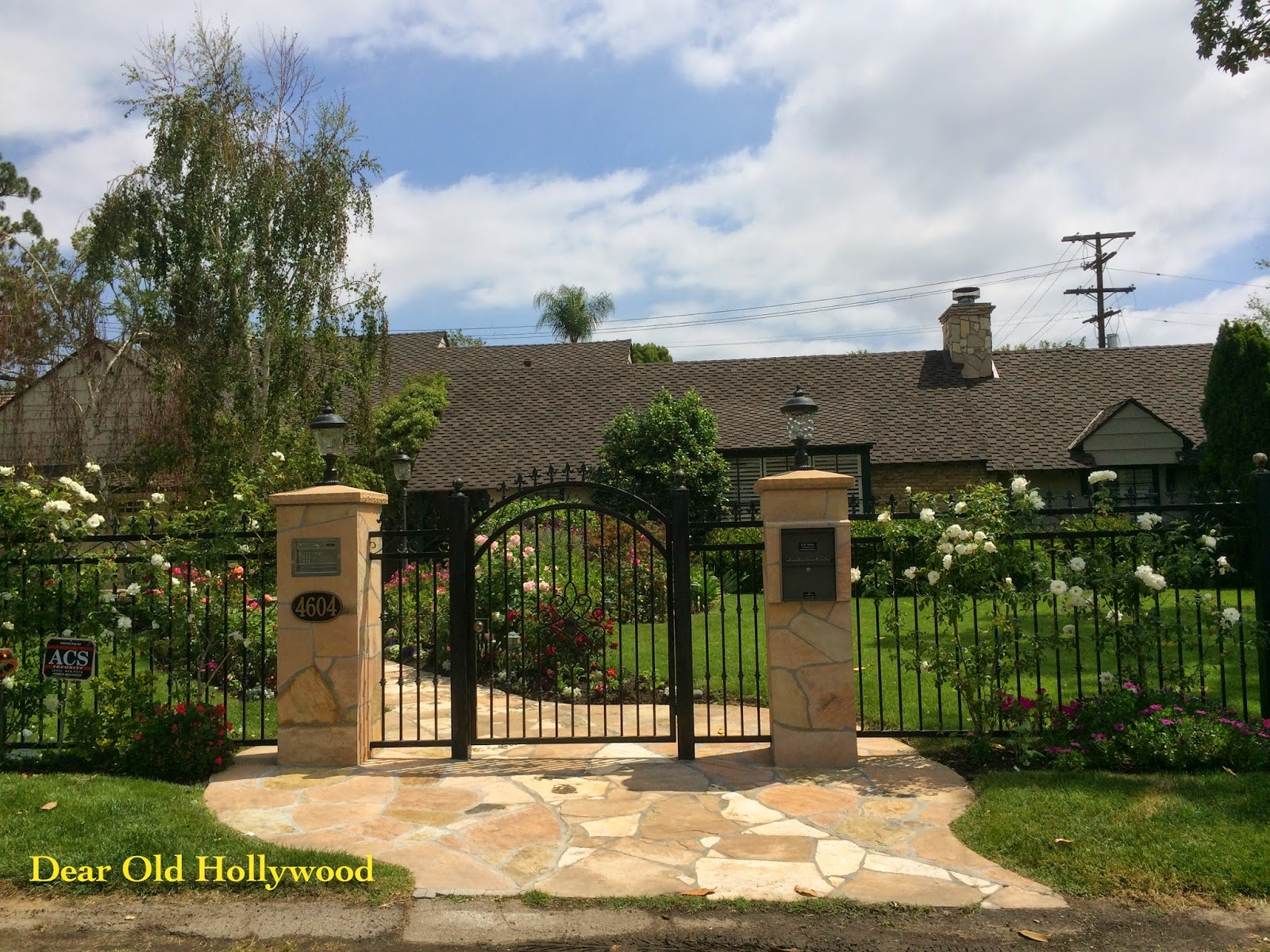 Old Hollywood Homes Dear Old Hollywood The Toluca Lake Homes Of Shemp Howard