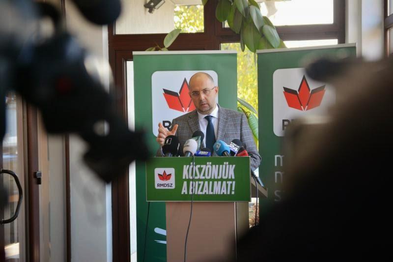 RMDSZ, Kelemen Hunor, Románia, Ponta-kormány, politika, magyarság, államelnök-választások,