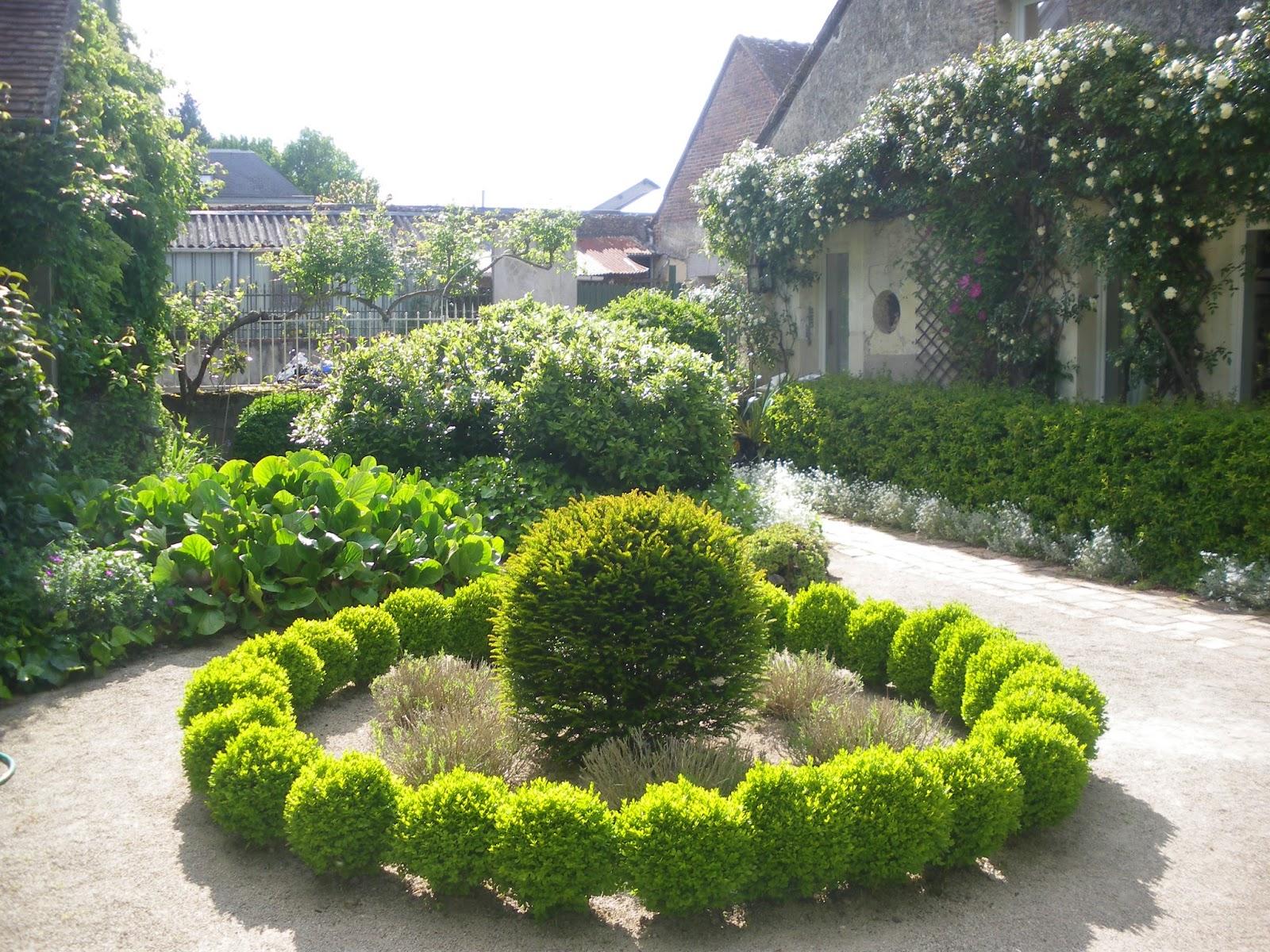 jardin aux quatre saisons message important tous les jardiniers. Black Bedroom Furniture Sets. Home Design Ideas