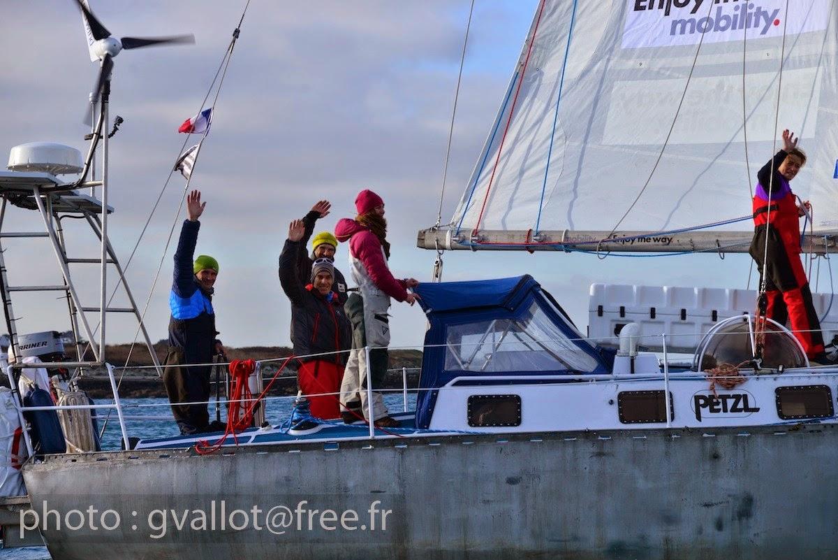 L'équipage de Maewan et Erwan Le Lann quittent l'Aber Wrac'h/