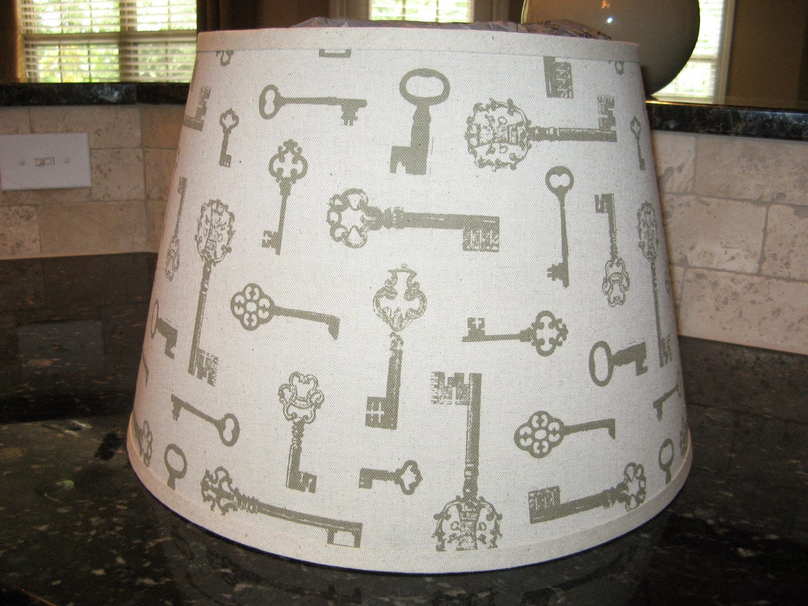Susan Snyder: DIY ROPE LAMPSHADE