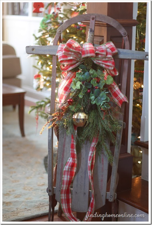 Holiday Decorating: Skates & Sleds | Driven by Decor