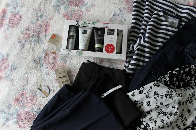 New Year Sale Haul ASOS Zara Miss Selfrige Rituals Accessorize Fashion Beauty Dresses Necklace Earrings Beauty 2015