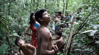 FOTO: Kehidupan Suku Awá, Suku Terasing di Hutan Amazon 2kFANS.com Awa1 jpg 105528