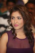 Madhu Shalini Glamorous photos-thumbnail-9