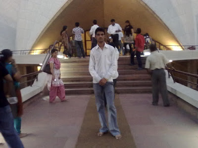 Anshu Dikshant at Lotus Temple, New Delhi