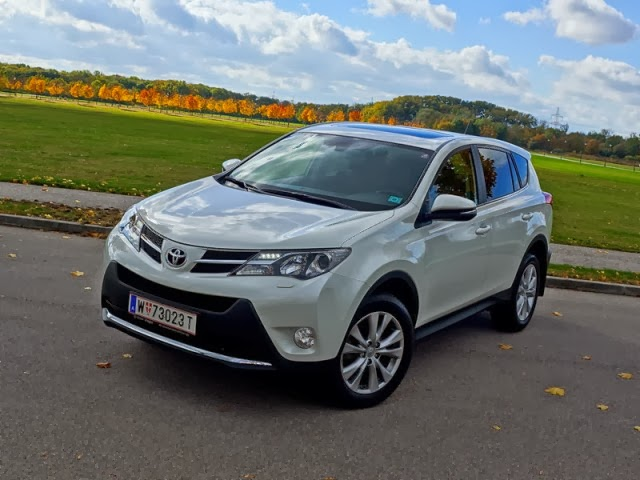 2013 Toyota RAV4 Executive