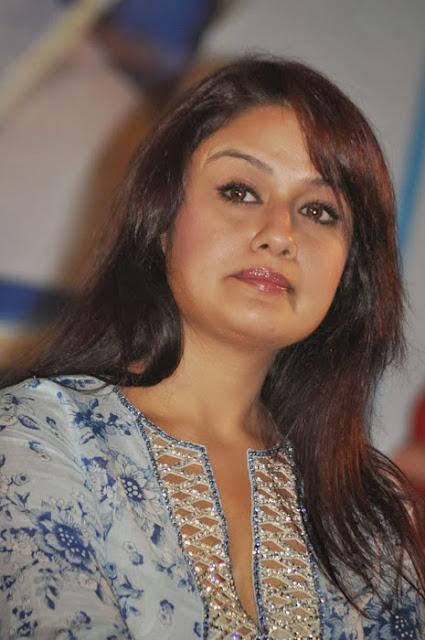 Sonia Agarwal In Churidar
