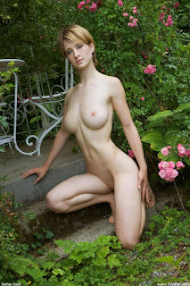 young-girls - rs-femjoy_110909_012-728078.jpg