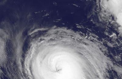 Pazifik aktuell: Hurrikan EUGENE hat mit Kategorie 3 wohl Limit erreicht - noch kein Rekord in der Pazifischen Hurrikansaison 2011, Fernanda, 1966, 2011, aktuell, Hurrikanfotos, Hurrikansaison 2011, major hurricane, Eugene, Pazifik, Rekord, Wissenswertes Sturm und Hurrikan,