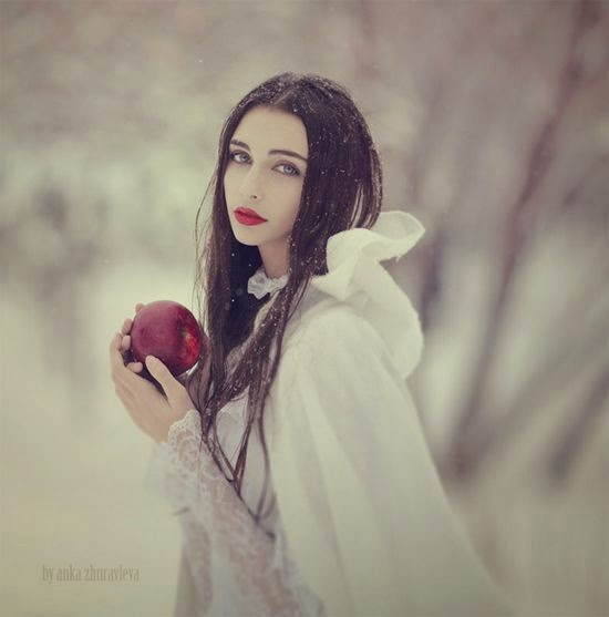 Snow White fashion