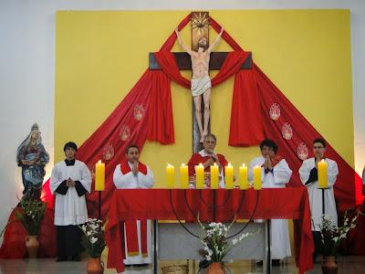 http://docristaoarmadura.blogspot.com.br/2015/05/vigilia-de-pentecostes-paroquia-menino.html