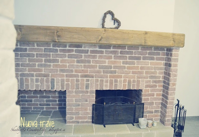 Cottage fireplace - Shabby&CountryLife.blogspot.it