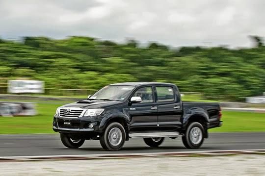 Harga Toyota Hilux Baru Tahun 2015, Semarang Jawa Tengah